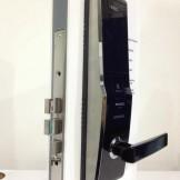 Hình ảnh lắp đặt khóa vân tay Samsung shs 5230