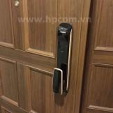 Lắp đặt khóa điện tử Philips 9000 tại biệt thự Ciputra Hà Nội
