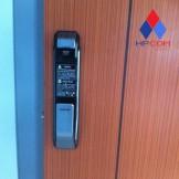 Lắp đặt  khóa điện tử Samsung P718, Gateman F10
